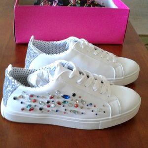 Betsey Johnson Tippie sneakers